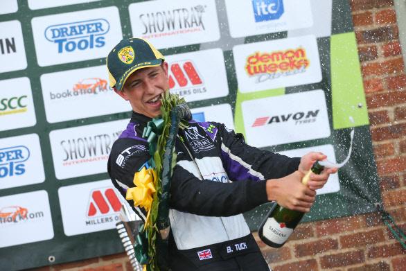 ben-tuck-croft-2016-podium-spray